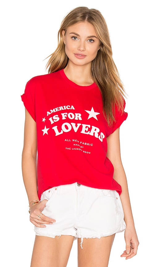The Laundry Room Star Lovers Rolling Tee in Red