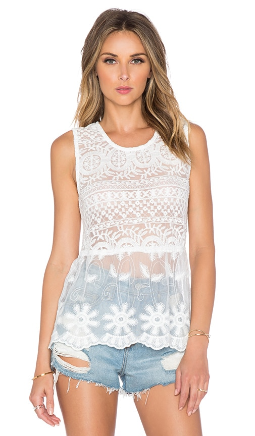 Toby Heart Ginger x Love Indie Sleeveless Lush Lace Top in White