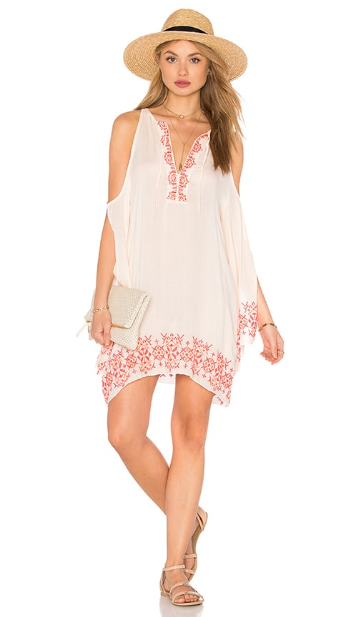 Tt Beach Isabel Cold Shoulder Dress in Blush