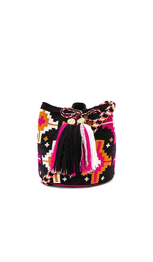 the way u Medium Mochila Bucket Bag in Black