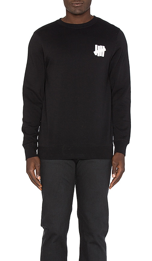 Undefeated Chest Strike Pullover in Black