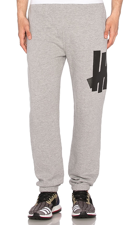 Undefeated Big 5 Strike Sweatpant in Gray