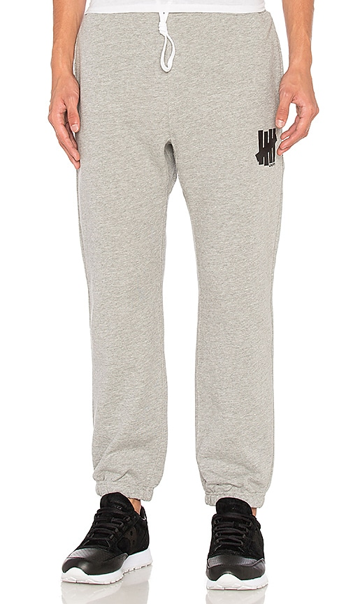 Undefeated 5 Strike Sweatpant in Grey
