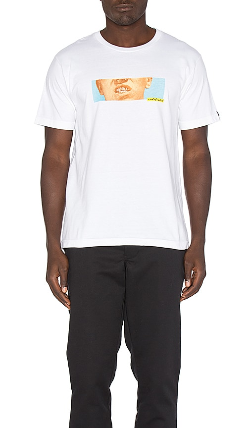Undefeated Gutter Grit Tee in White