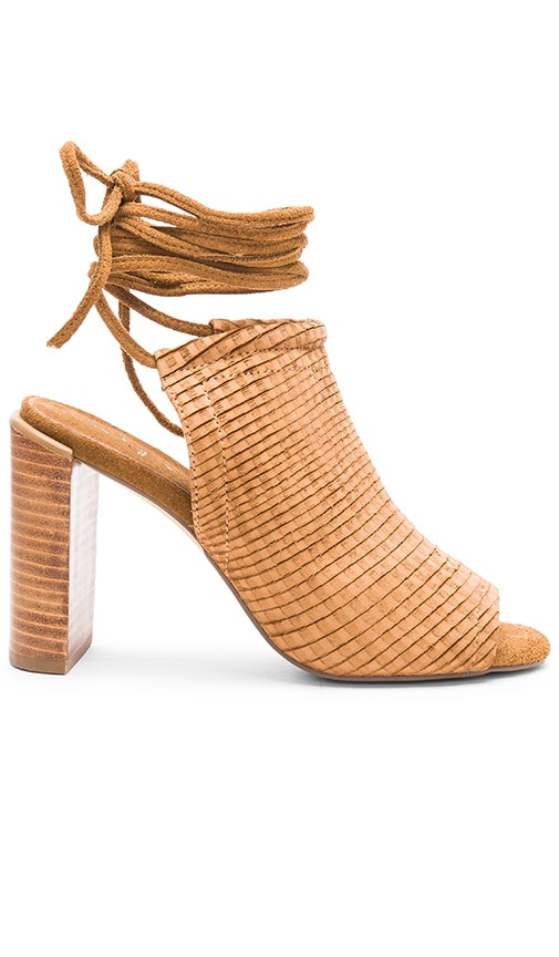 Urge Eve Heel in Tan