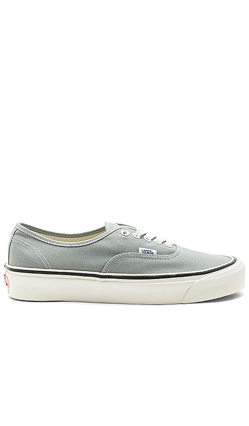 a045ae5a38 Vans Authentic 44 DX in Light Grey