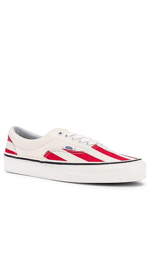 Era 95 Stripes Sneaker