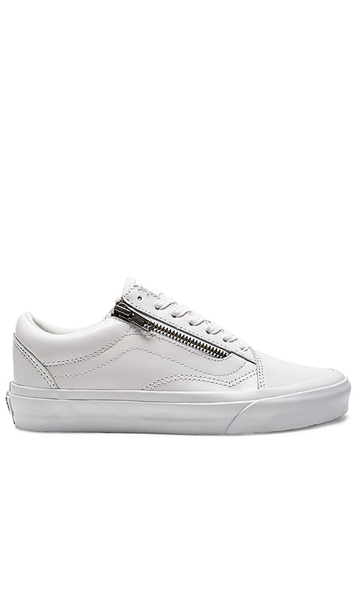 Vans Old Skool Zip DX Sneaker in White