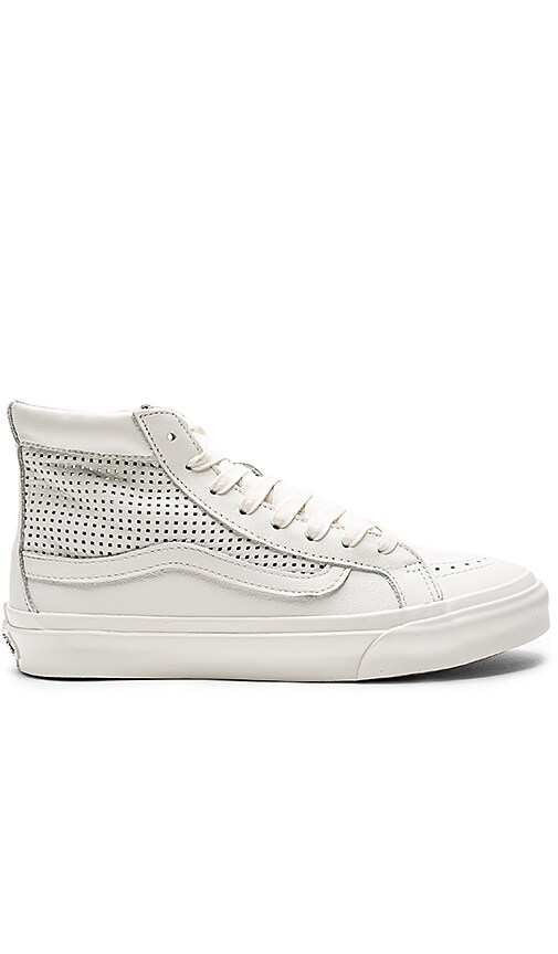 Vans SK8-Hi Slim Cutout DX Sneaker in White