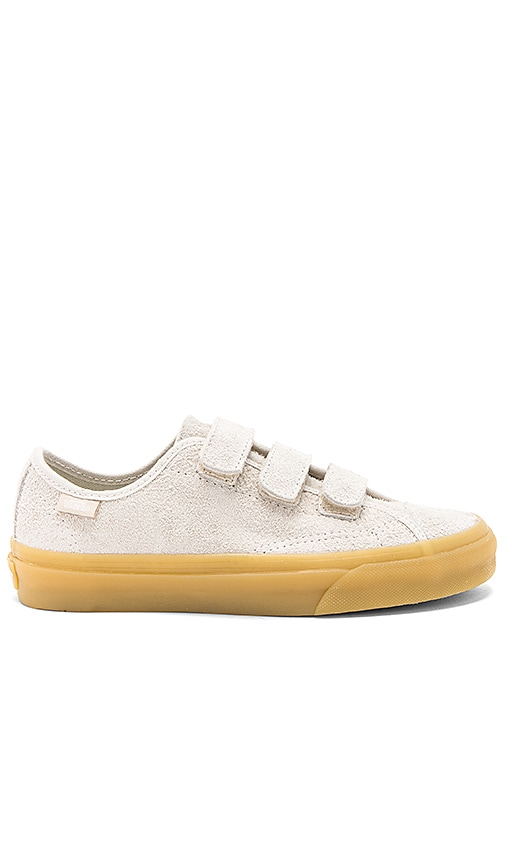 afc4f4a7bcd Vans Style 23 V Sneaker in Birch