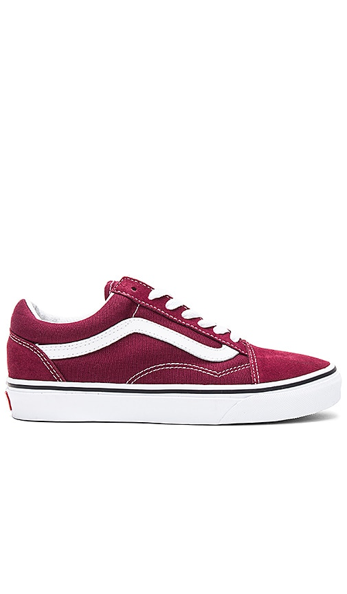 Vans Old Skool Sneaker in Burgundy