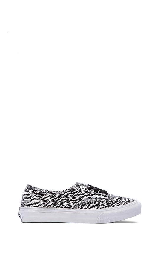 Authentic Slim Sneaker