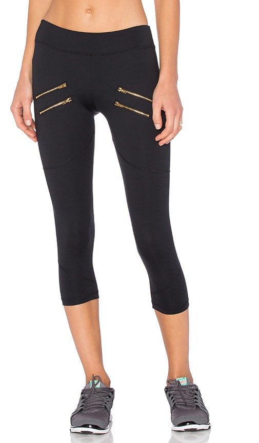 Varley x REVOLVE Crop Legging in Black