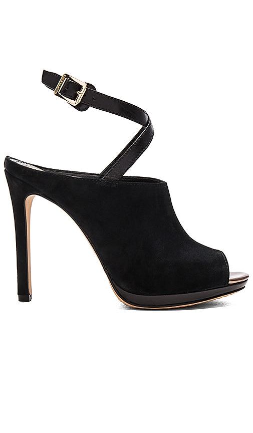 Vince Camuto Resina Heel in Black