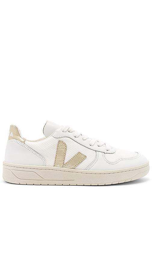 Veja V-10 Sneaker in White \u0026 Gold | REVOLVE