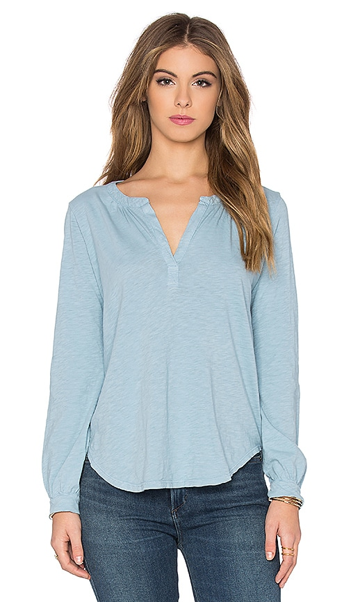 Velvet by Graham & Spencer Daria Cotton Slub V Neck Long Sleeve Top in Atlas