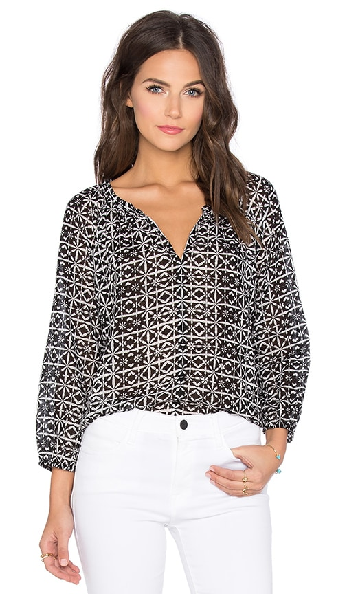 Velvet by Graham & Spencer Berlina Printed Cotton Voile V-Neck 3/4 Sleeve Top in Black & White