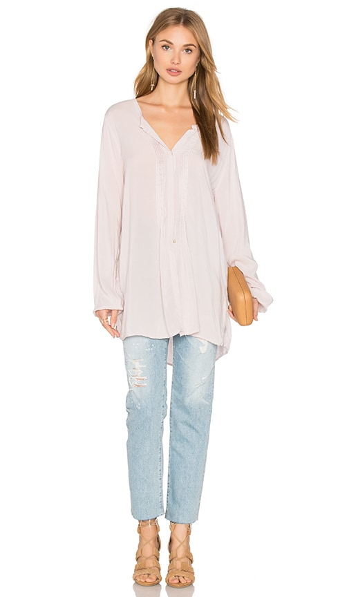 Velvet by Graham & Spencer Shea Long Sleeve Blouse in Gray