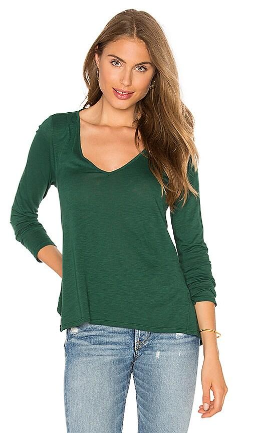 Velvet by Graham & Spencer Sookie Long Sleeve V Neck Top in Green