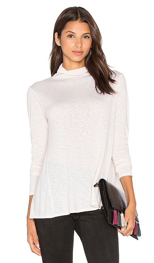 Velvet by Graham & Spencer Waverly Long Sleeve Turtleneck Top in Cream
