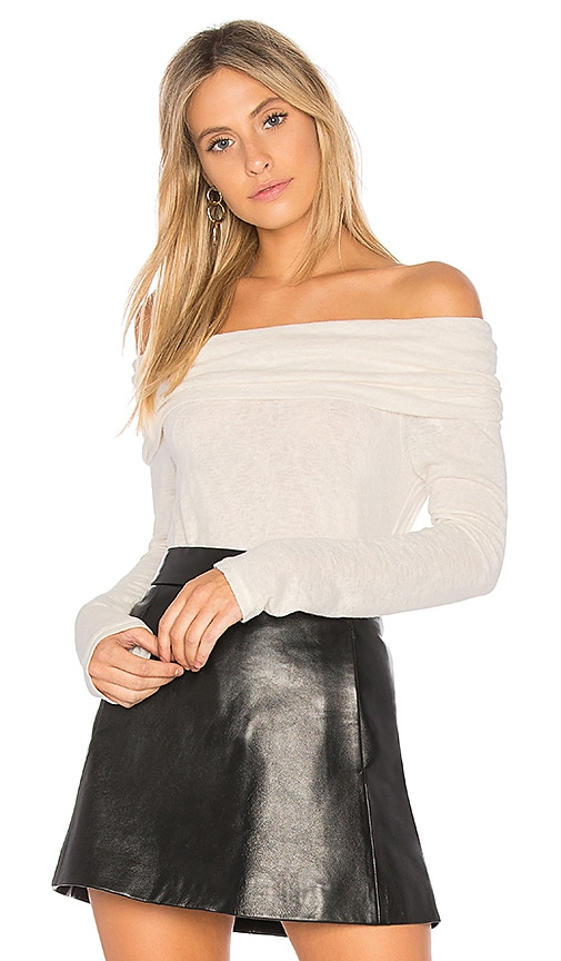 Velvet by Graham & Spencer Meela Off the Shoulder Tee in Ivory