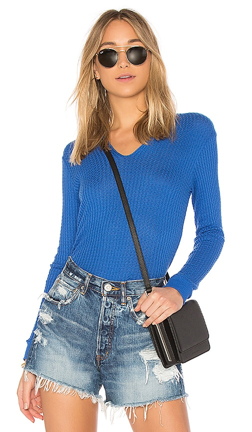 Velvet by Graham & Spencer Marilyn Thermal Top in Blue