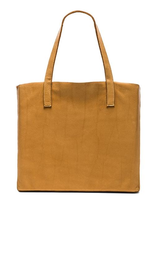 Velvet by Graham & Spencer Clover Leather Tote in Tan