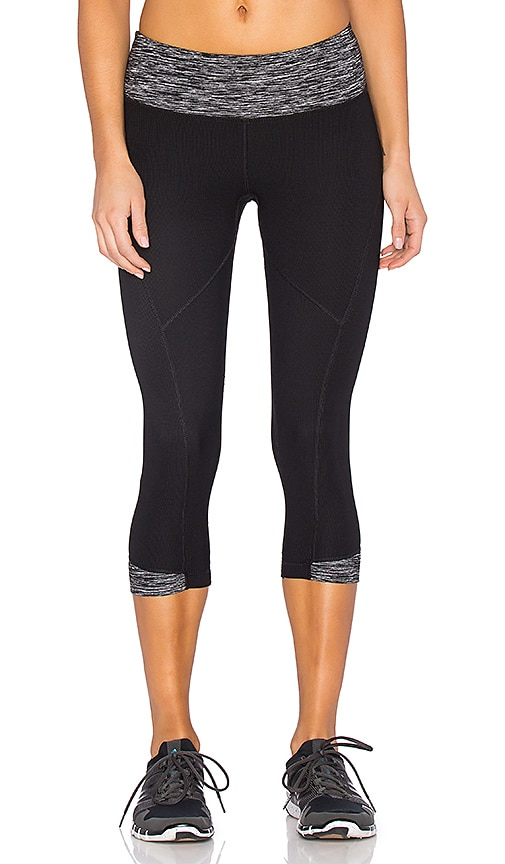 Vimmia Rhythm Capri in Black