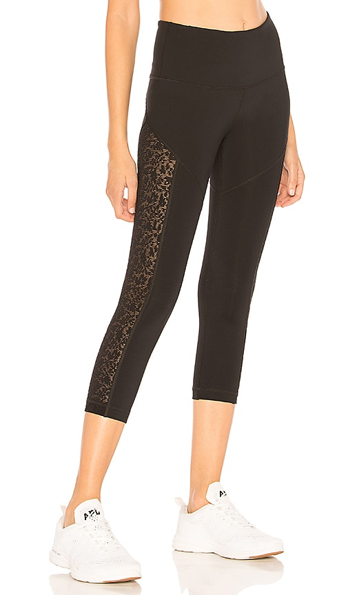 Vimmia Attitude Capri in Black