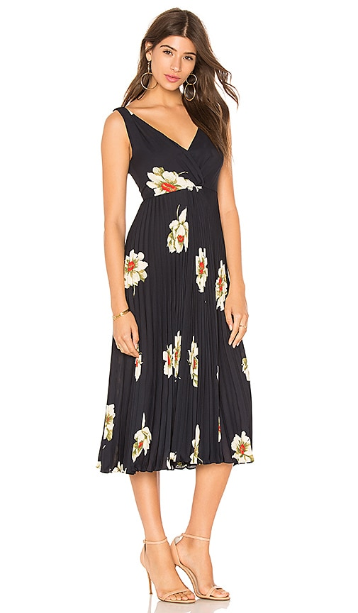Vince Gardenia Floral Pleated Twist Front Dress in Navy