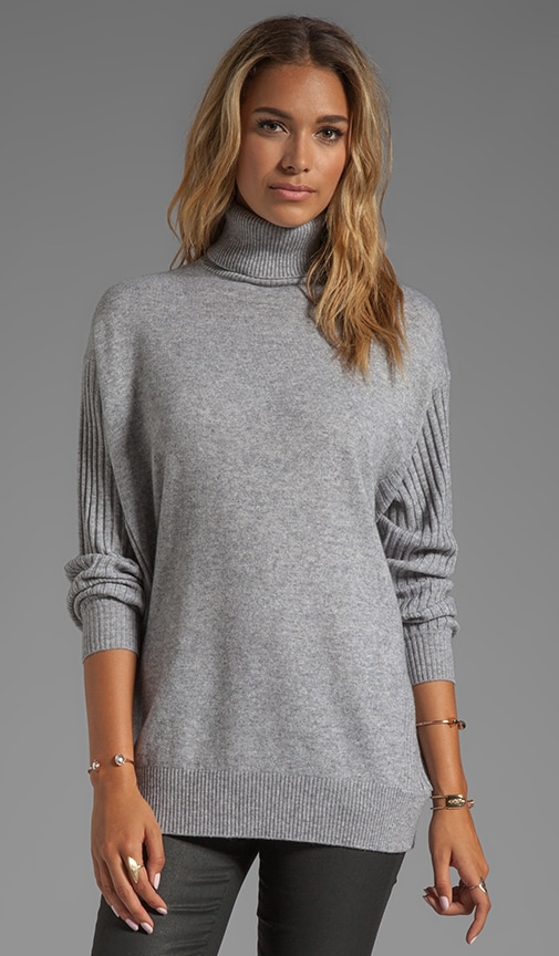 Oversized Wool-Cashmere Turtleneck
