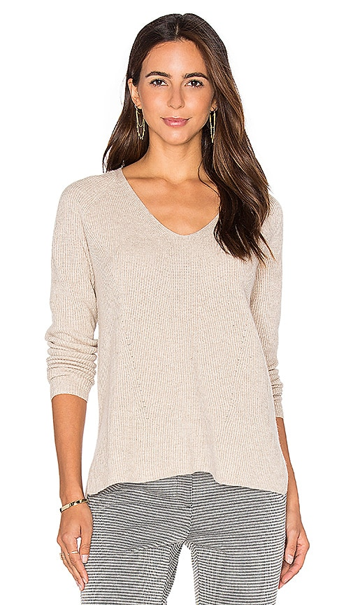 Vince Vee Pullover in Light Gray