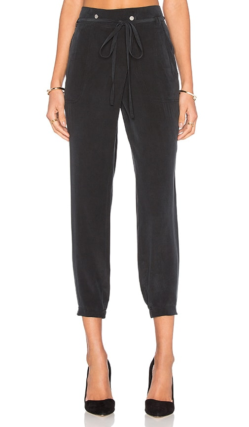 Vince Crossover Pant in Black