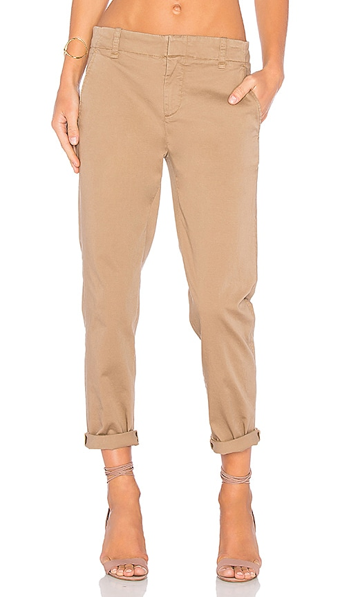 Vince Chino Pant in Tan