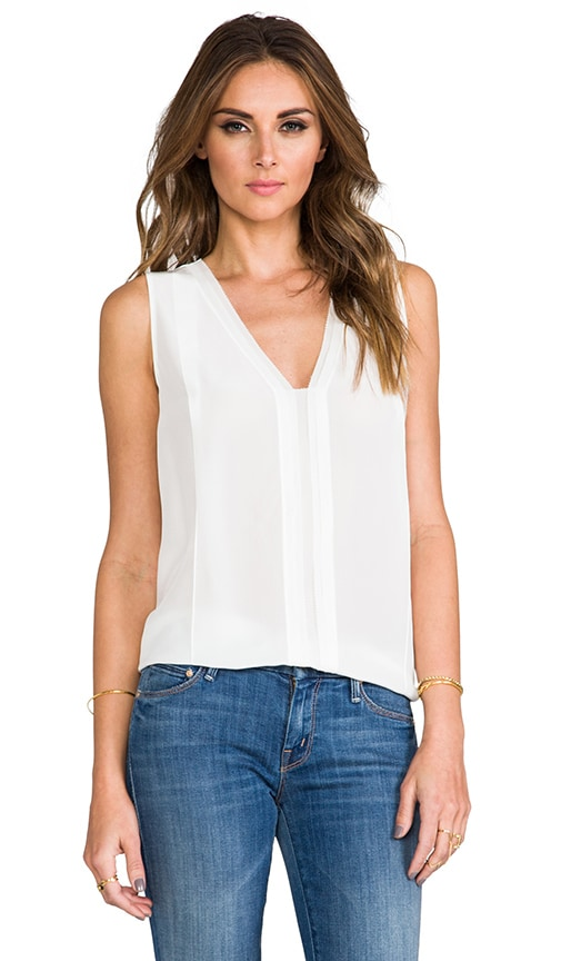 Picot Edge Sleeveless Blouse