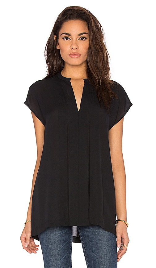 Vince Short Sleeve Pintuck Popover Blouse in Black