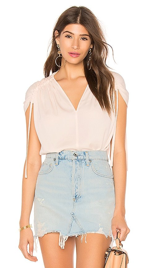 Vince Ruched Short Sleeve V Neck Top in Pink