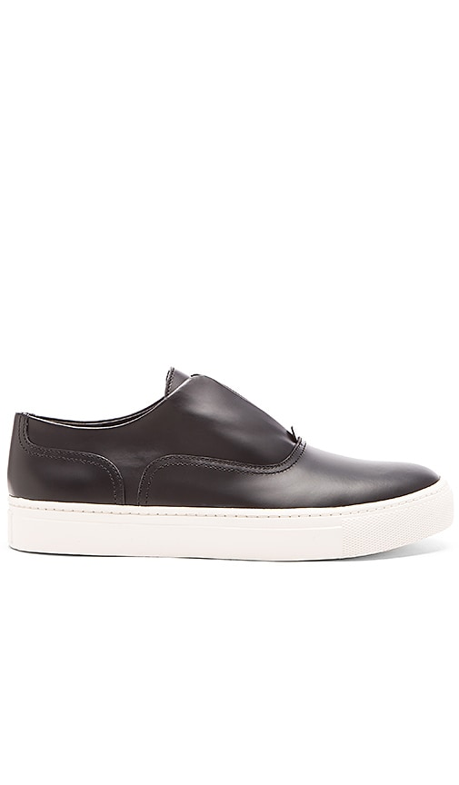 Vince Nelson Sneaker in Black