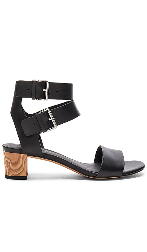 Vince Ria Sandal in Black