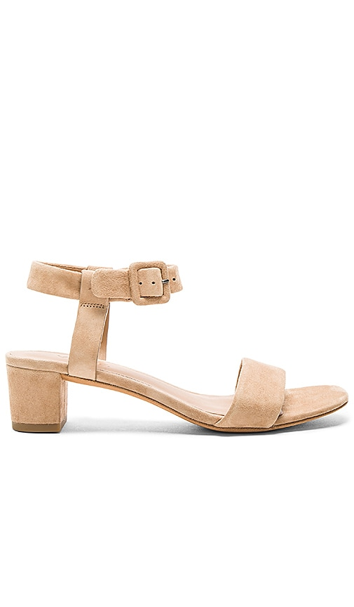 Vince Rena Sandal in Tan
