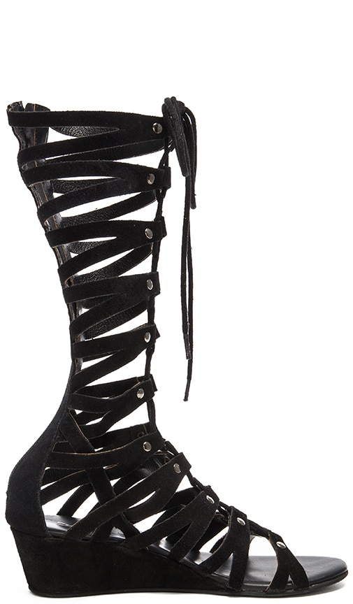 Rebels Fae Sandal in Black