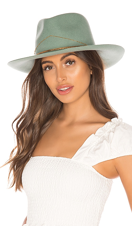 Dafne Hat