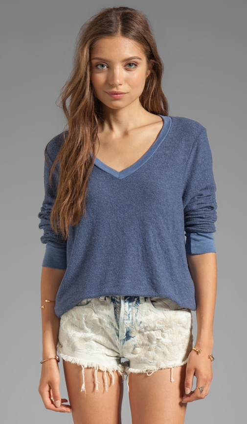 Baggy Beach Long Sleeve V-Neck