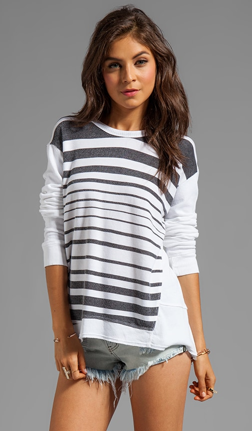 Fractured Stripe Back Slant Sweatshirt