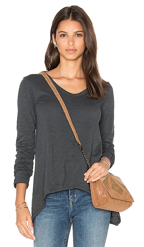 Wilt Slub Shrunken Boyfriend Long Sleeve Top in Gray