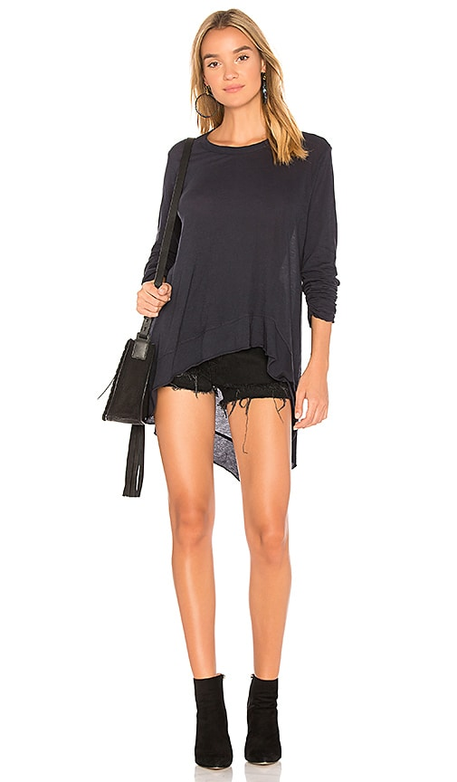 Wilt Asymmetrical Ruched Tunic Tee in Navy