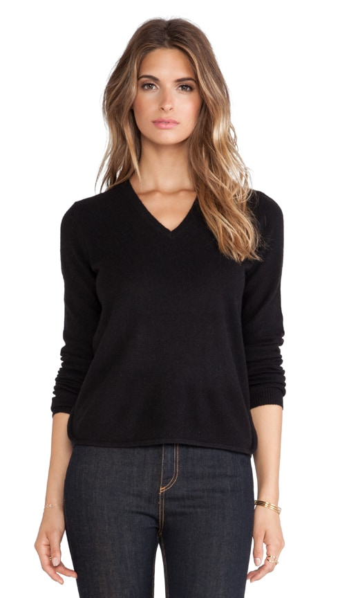 Curve Hem V Neck Sweater
