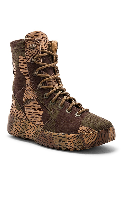 c0810d1e53aca YEEZY Washed Canvas Military Boots in Splinter Camo