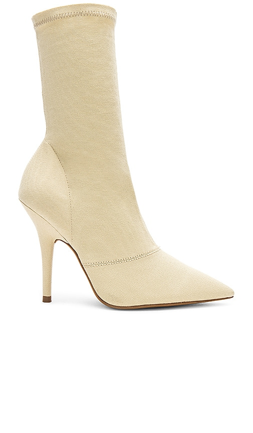 Canvas Ankle Boot 110Mm Heel In Chalk in Neutrals