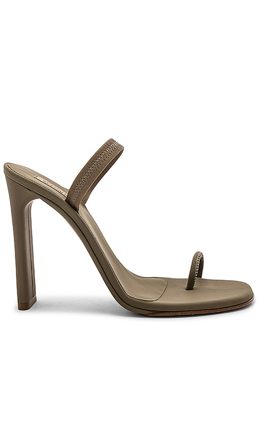 Yeezy Season 6 Heeled Sandal 110MM 2bqf5Un